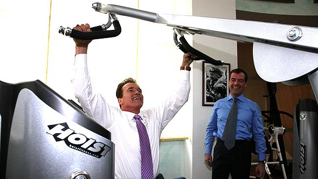 549554-arnold-schwarzenegger-and-dmitry-medvedev